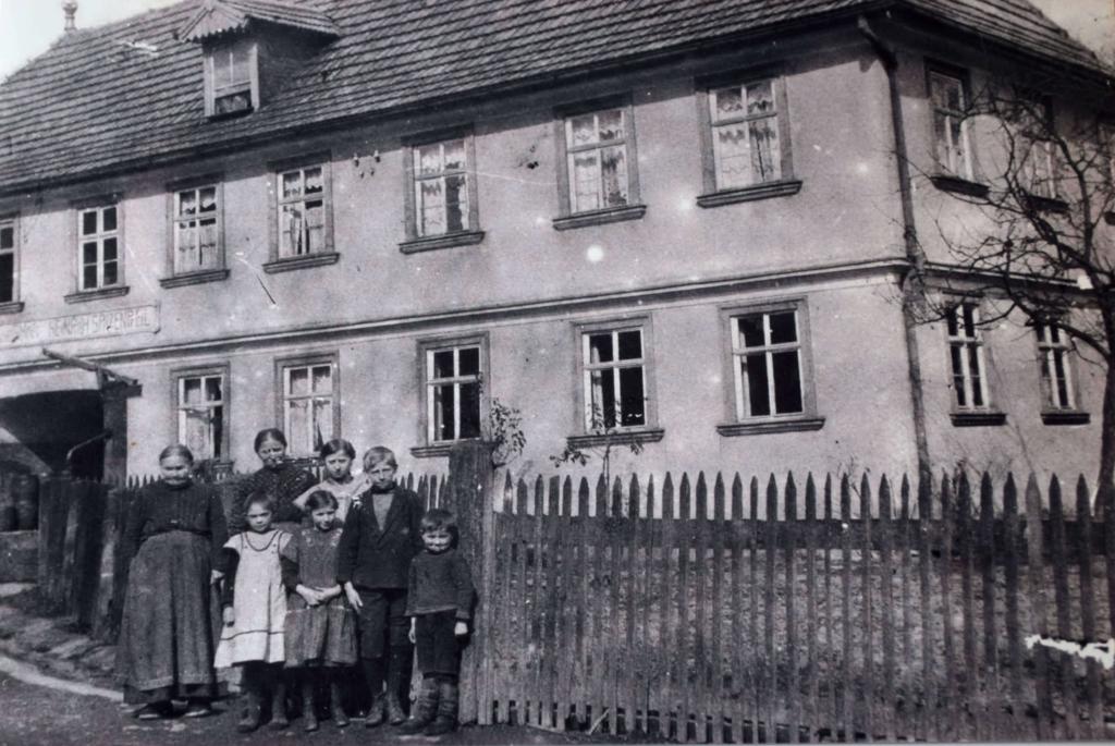 Hausansicht um 1920